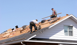 Roof replacement gets started in Green Bay WI