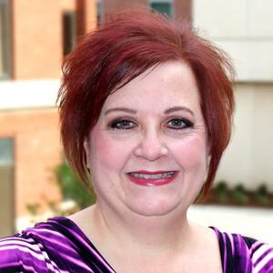 Rebecca davenport headshot