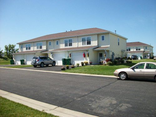 Apartments for Rent - Willow Run Townhomes