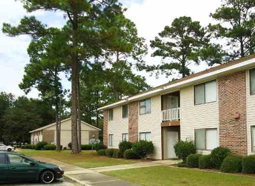 Valley Pines Apartments & Westside Villas - Apartment - Fort Valley, GA