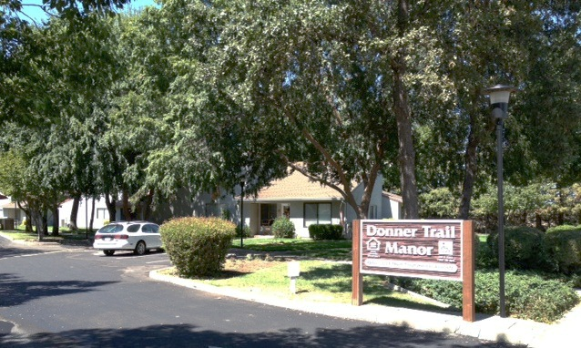 Donner Trail Manor