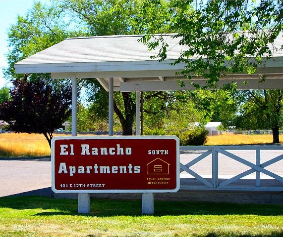 El Rancho Apartments