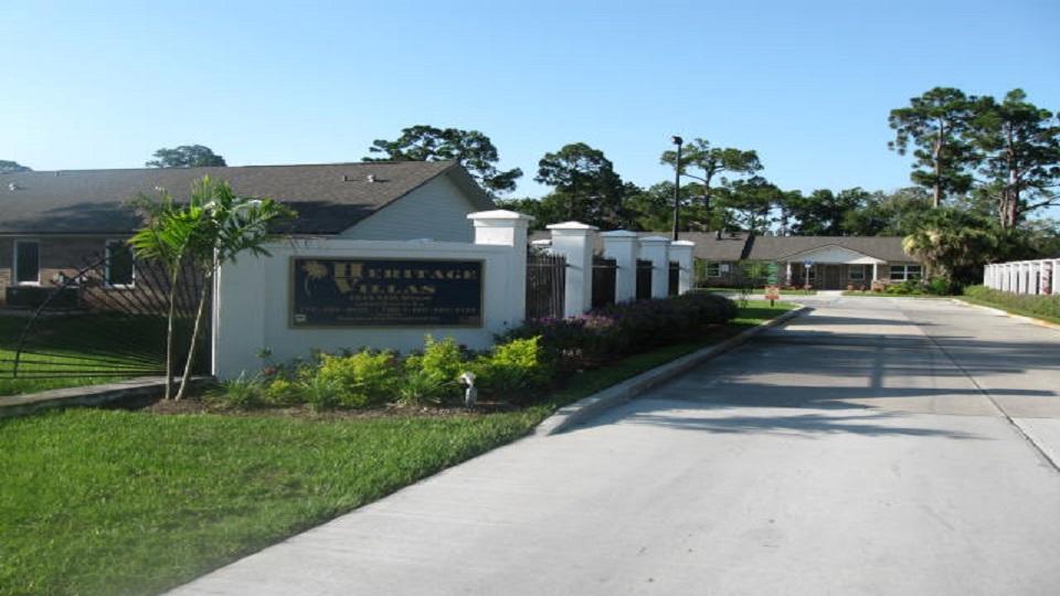 Heritage Villas of Vero Beach - Apartment - Vero Beach, FL