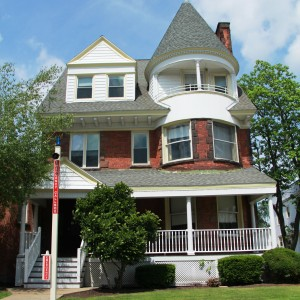 923 Madison Ave - Charter Hall