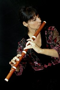Yvonne Hansbrough, baroque flute