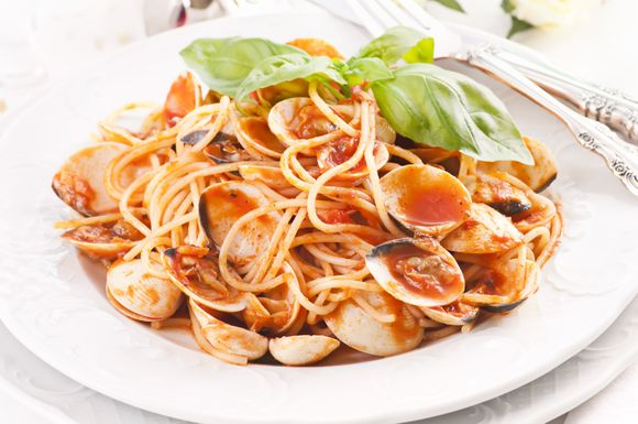 Seafood Recipe: Pasta in Red Clam Sauce