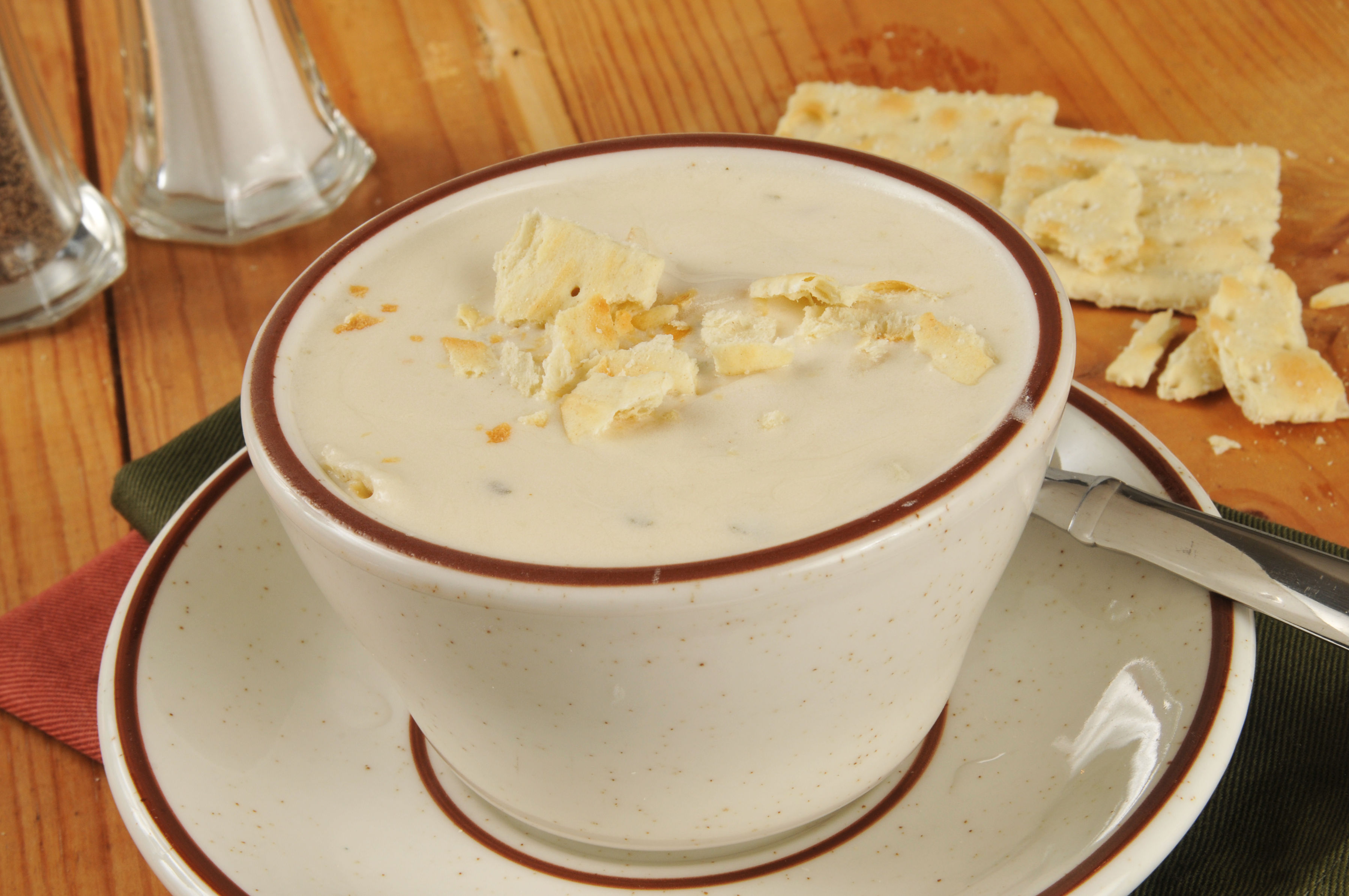 New england clam chowder recipe without bacon