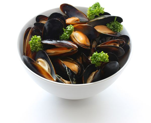 Seafood Recipe: Oven-Steamed Mussels