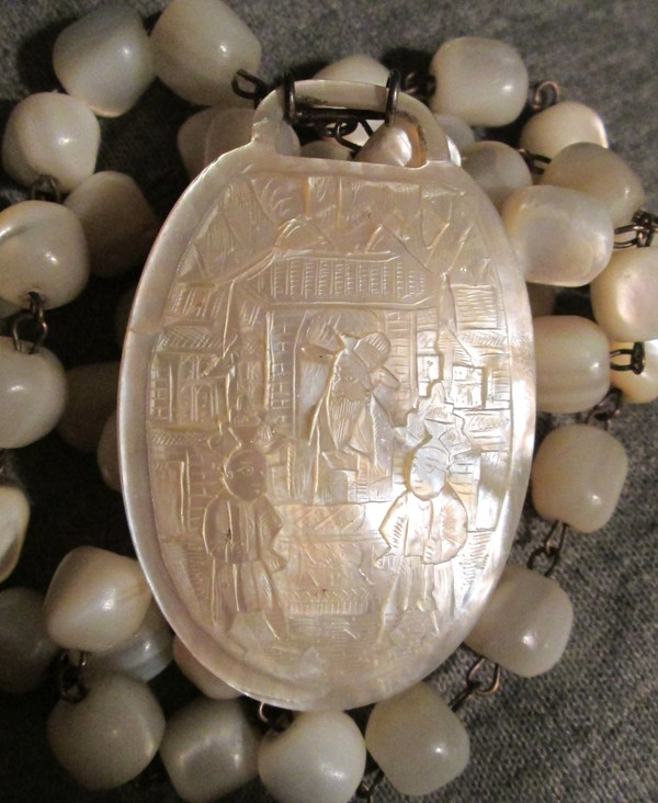 Antique Spotlight: Mother Of Pearl