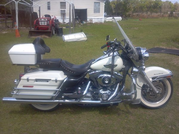 2003 road king police edition