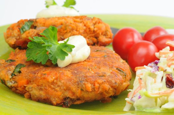 On the Lighter Side: Salmon Cakes