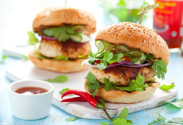 Dinner Recipe: Thai Chicken Burgers