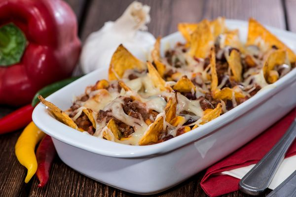 Game Day Recipe: Nachos with Chili con Carne