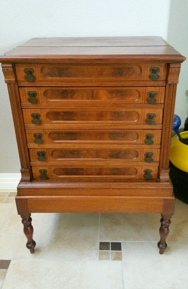 January 13 Featured Antiques On Dusty Old Thing Dusty