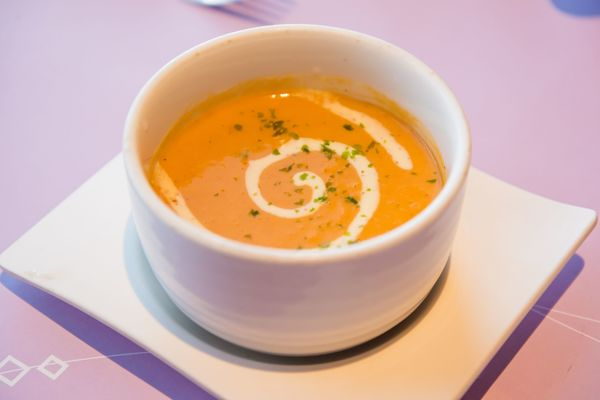 Recipe: Crab and Roasted Red Pepper Bisque