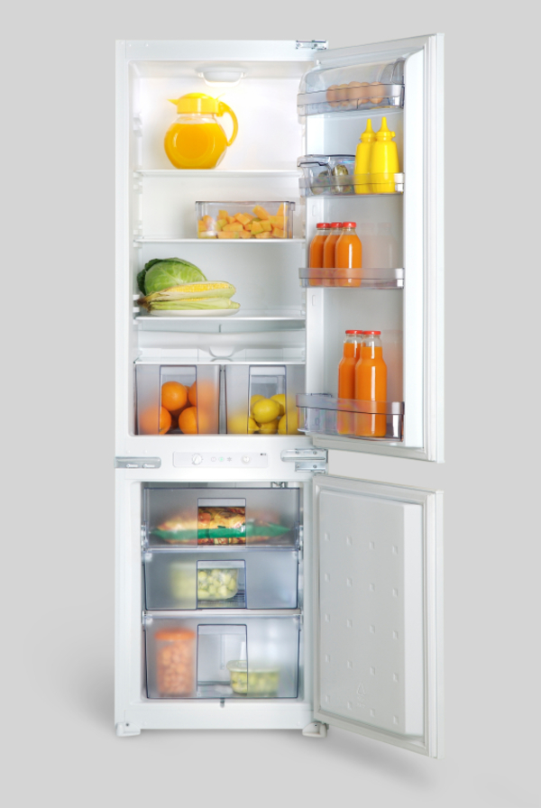 7 Simple Ways to Cut the Clutter in Your Fridge