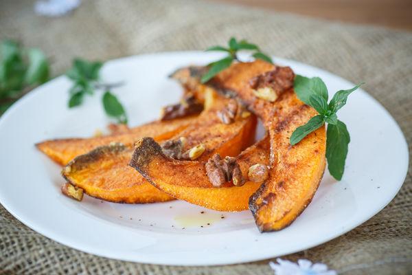 Perfect Fall Recipe: Roasted Pumpkin With Walnuts & Honey