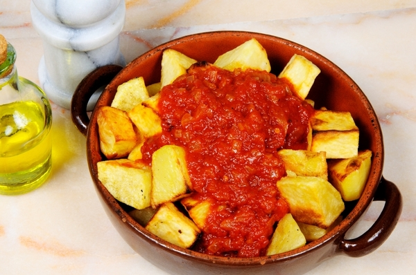 Spanish-Inspired Tapas Recipe: Spicy Patatas Bravas