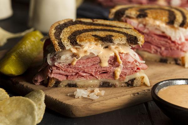 Sandwich Recipe: Classic Reuben Sandwich