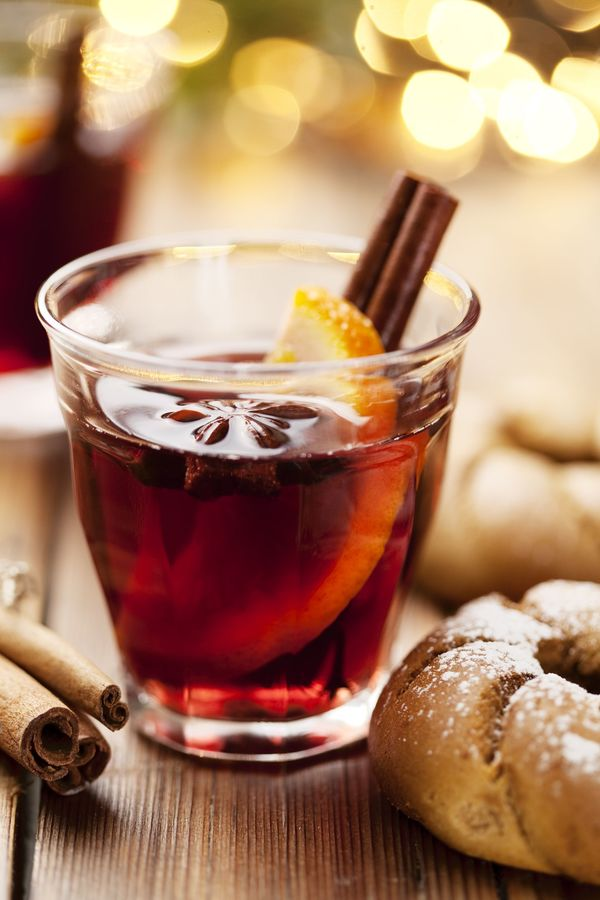 Holiday Recipe: Spice-Infused Mulled Wine