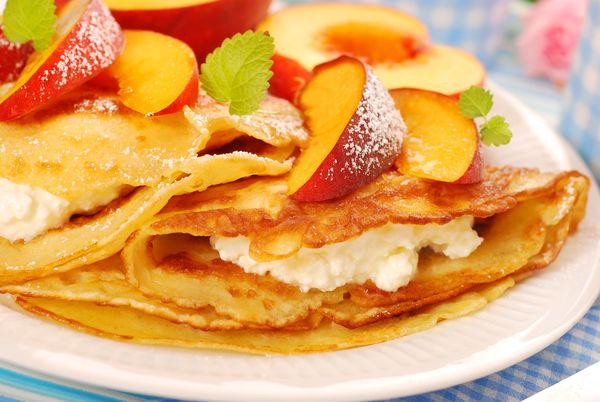 French Recipe: Sweet Peach Honey And Ricotta-Filled Crepes