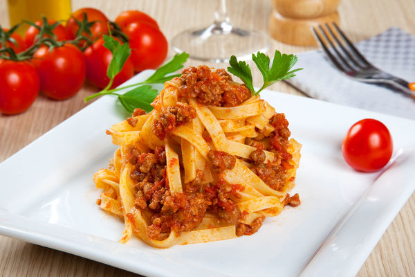 Slow Cooker Recipe: Pork and Beef Bolognese