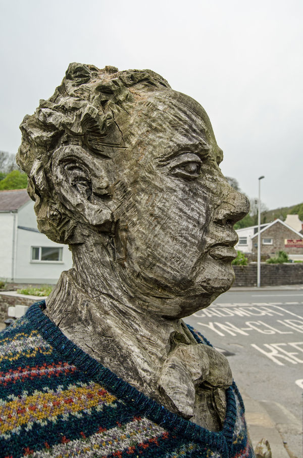 6 things you need to know about Dylan Thomas before watching A Poet In New York
