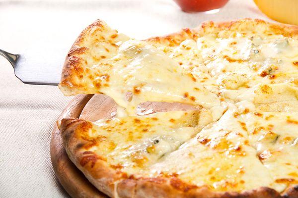 Fun And Easy Pizza Recipe: Three-Cheese White Pizza