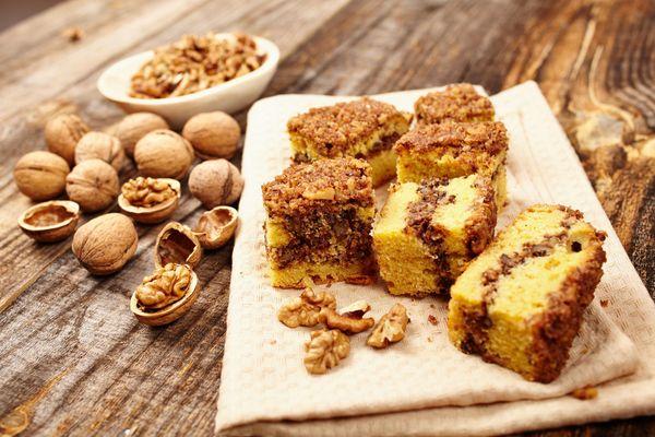 Start Your Day With This: Cinnamon Swirl Walnut Coffee Cake