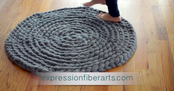 Awesome No-Sew Project - Beautiful Crocheted Roving Rug!