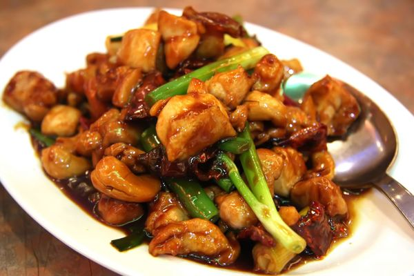 100x Better Than Chinese Takeout - We Were Blown Away By This Slow Cooker Cashew Chicken!!