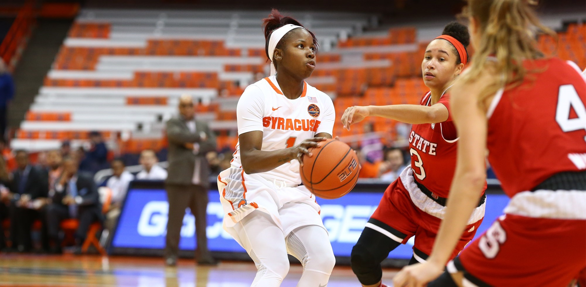 Peterson Shatters Scoring Record In Win Syracuse University Athletics