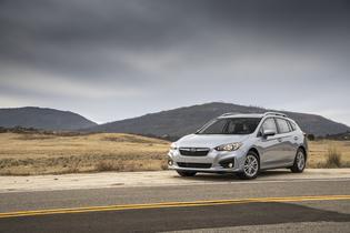 2018 Subaru ImprezaPremium 5dr-Silver
