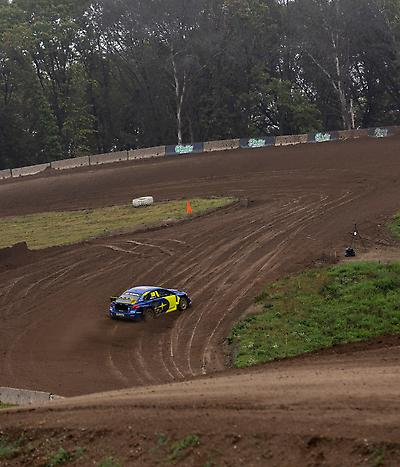 All three Subaru cars were fast in practice, winning each of the three open practice groups on Friday.