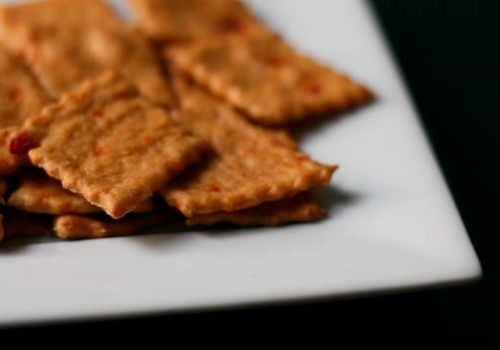 Roasted Pepper Crackers