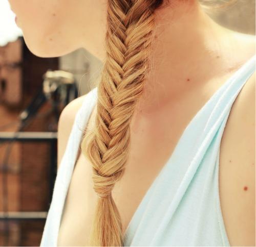 tutorial: fishtail braid