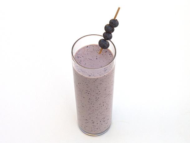 Blueberry Muffin Smoothie Recipe   Zero Proof