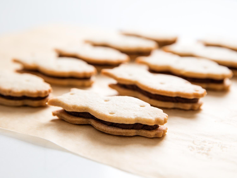 E.L. Fudge-Style Chocolate and Vanilla Sandwich Cookies Recipe