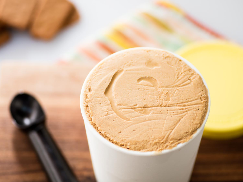Homemade Speculoos Ice Cream Recipe