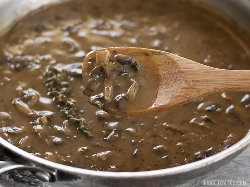 Mushroom Herb Gravy