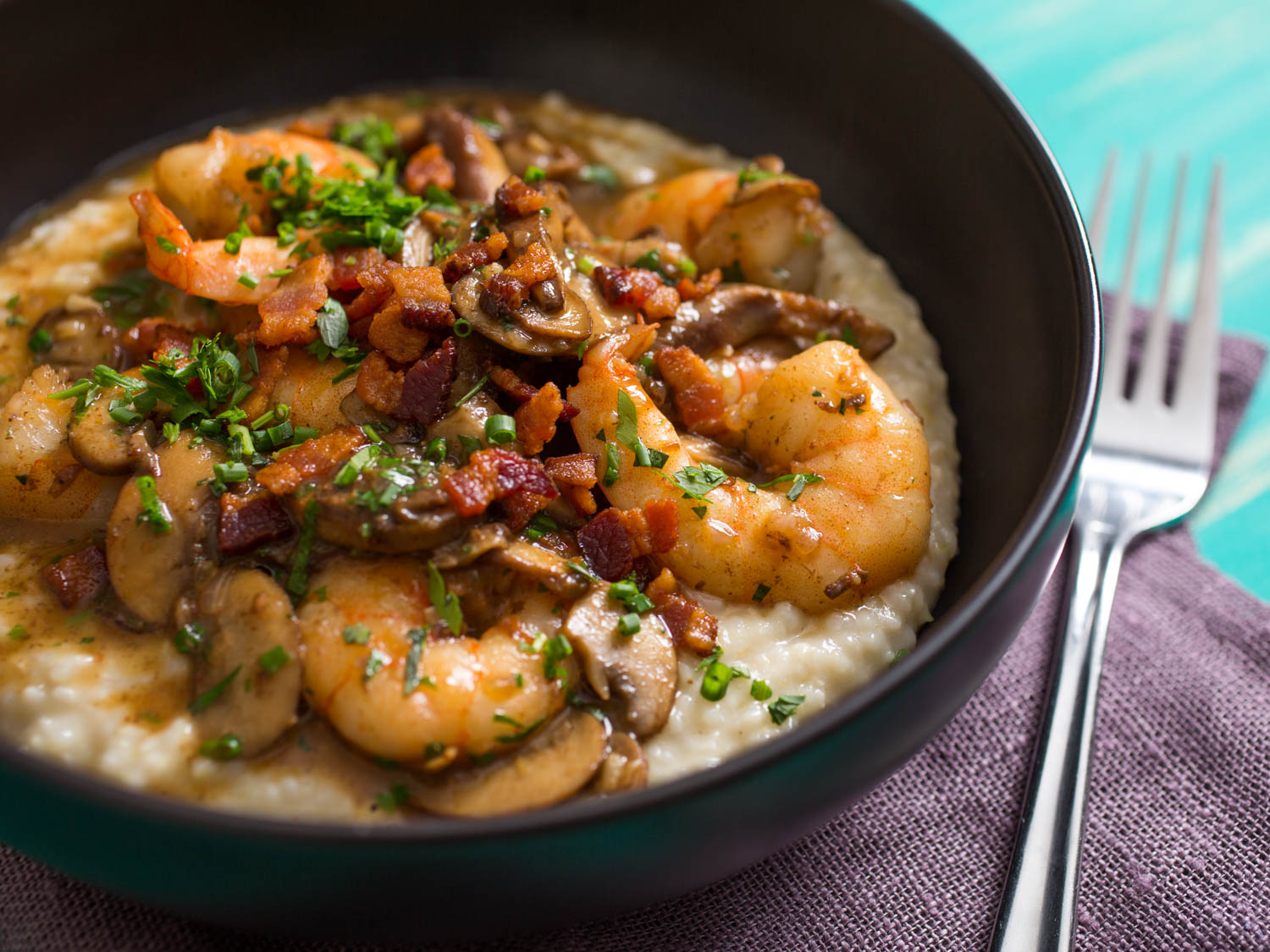 Shrimp and Gruyère Cheese Grits With Bacon and Mushrooms Recipe
