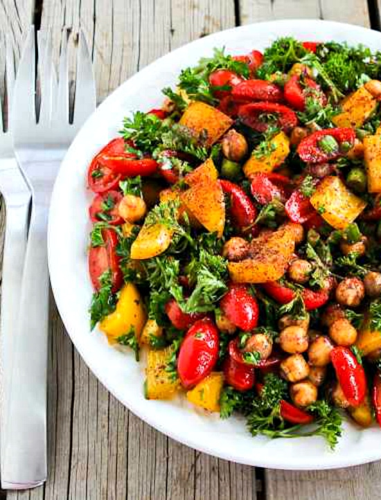 Tomato, Pepper, and Garbanzo Salad with Sumac