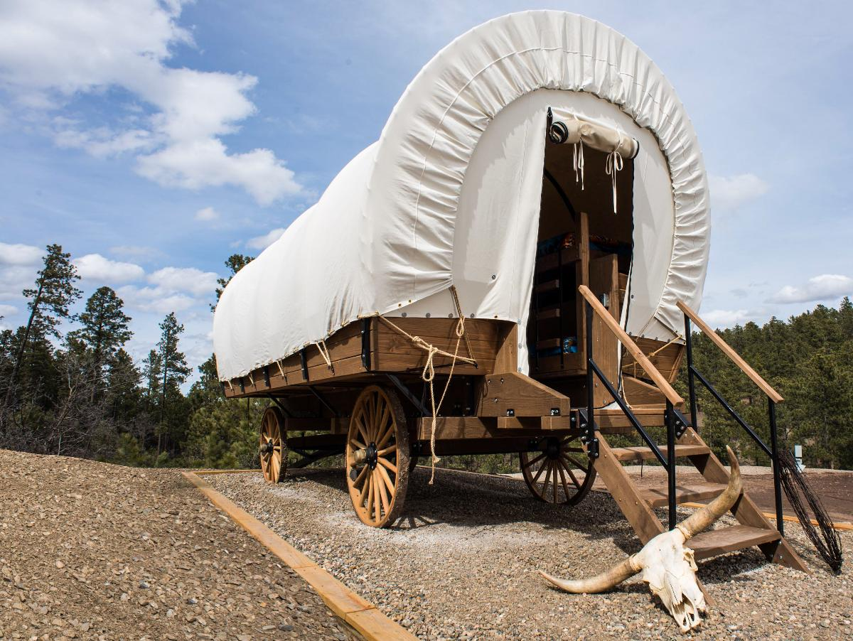 The Wagons At Rushmore Shadows Online Reservations