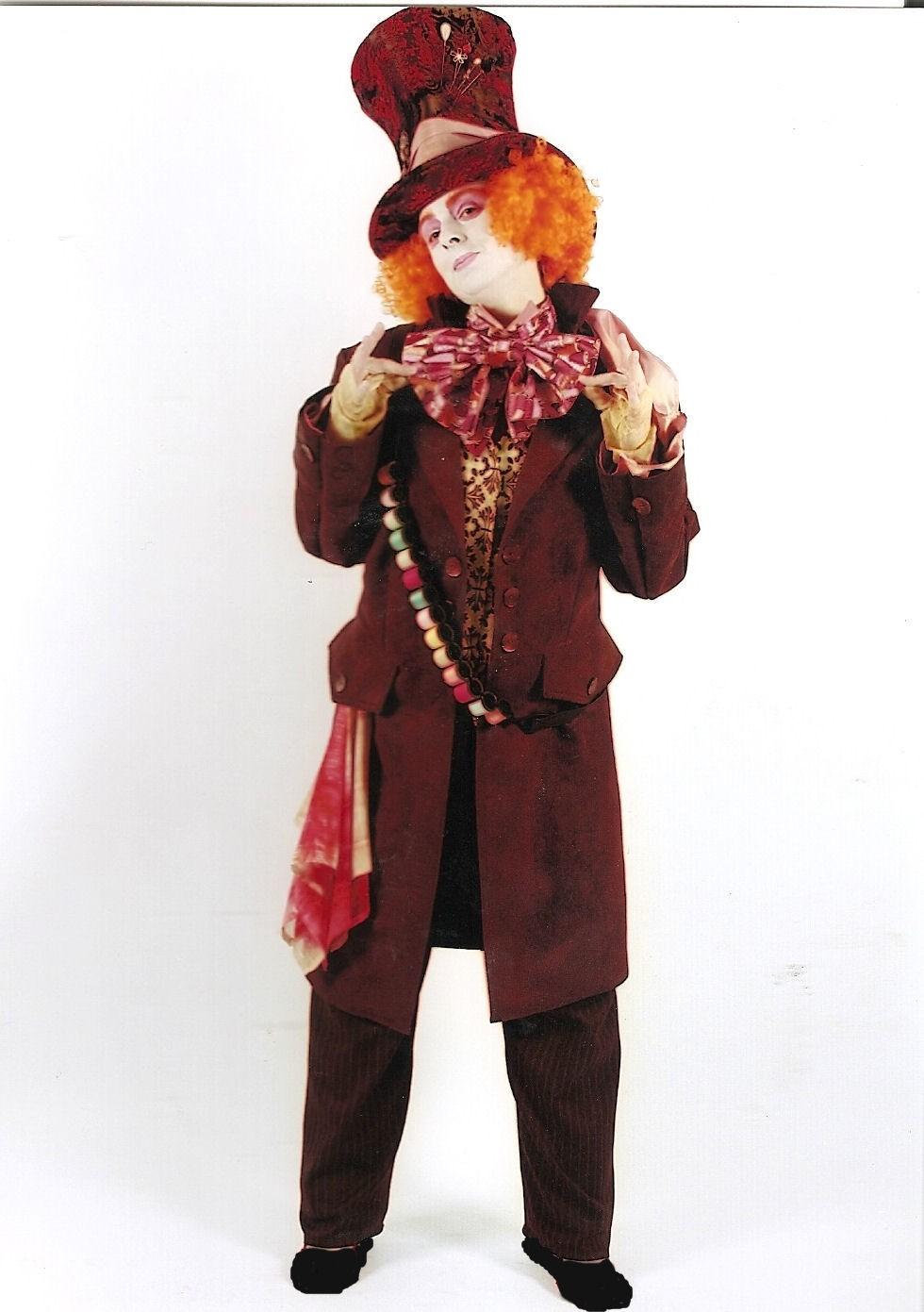 Tim Burton Mad Hatter Costume Hire   Supazaar   980 x 1391 jpeg 159kB