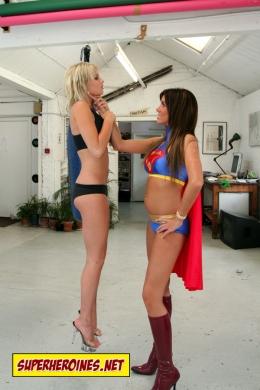 Super Babe in Friendship