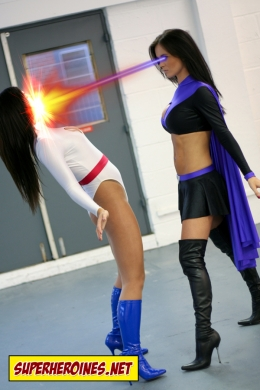 Superheroine catfight with heat vision