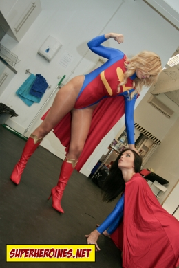 Sonic Girl Porchia Watson about to knock out Supergirl Emma Glover