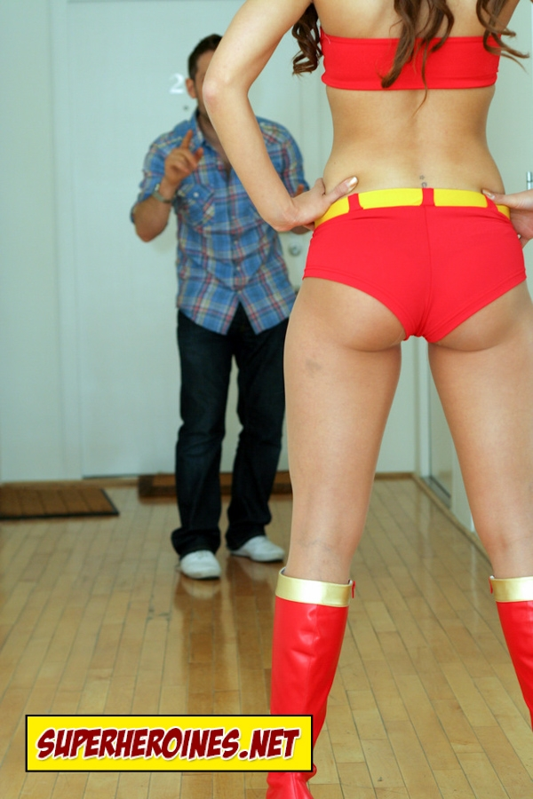 Wonder Woman about to kick some ass