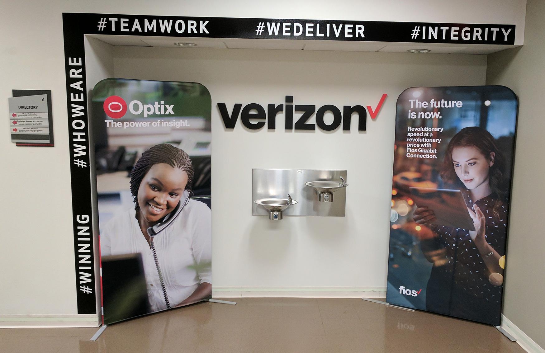 Verizon Banner Stands