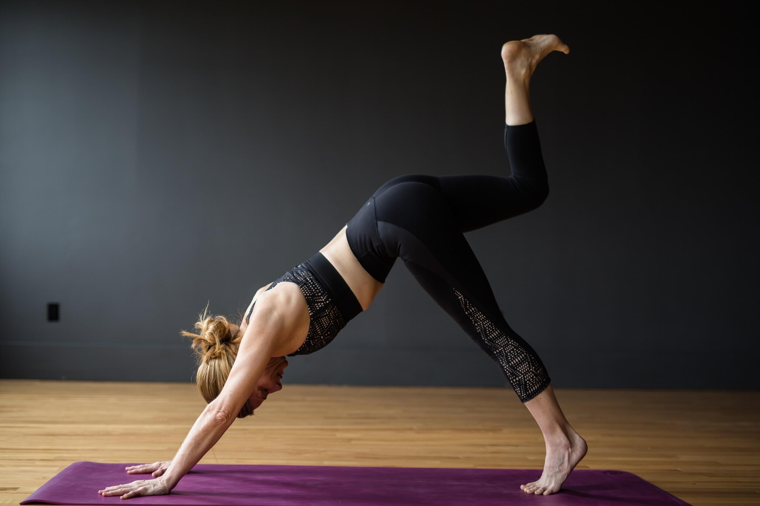 SUTRA STUDIO - Yoga